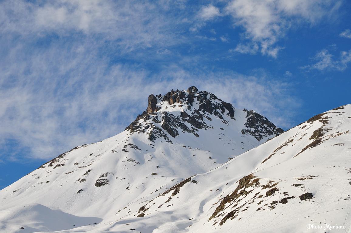 Skirando pic de Peyreget 2487m par le col de L'Iou
