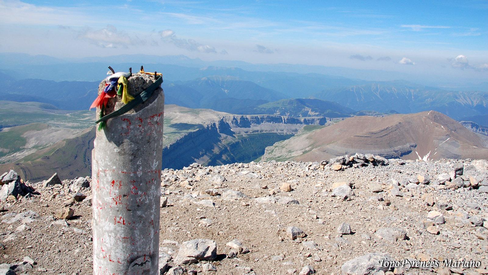 Randonnée Mont Perdu 3355m depuis le refuge des Sarradets