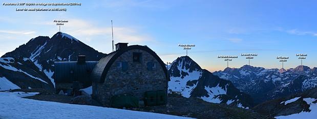 Panorama-depuis-le-Refuge-de-Bayssellance-2651m-Vignette