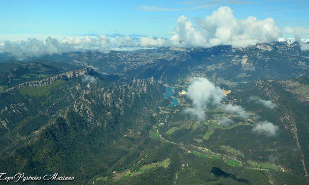 Survol des Pyrénées Orientales (Catalunya)