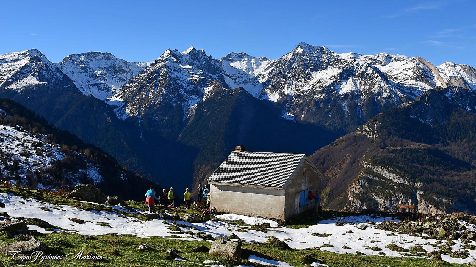 Randonnée Signal du Gourzy (1826m) par la cabane Lacarret (1533m)
