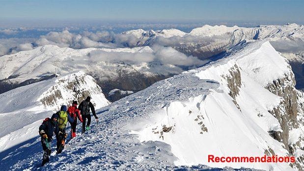Recommandations: Météo, risque d'avalanche, hauteurs de neige, InfoRoute . . . . .