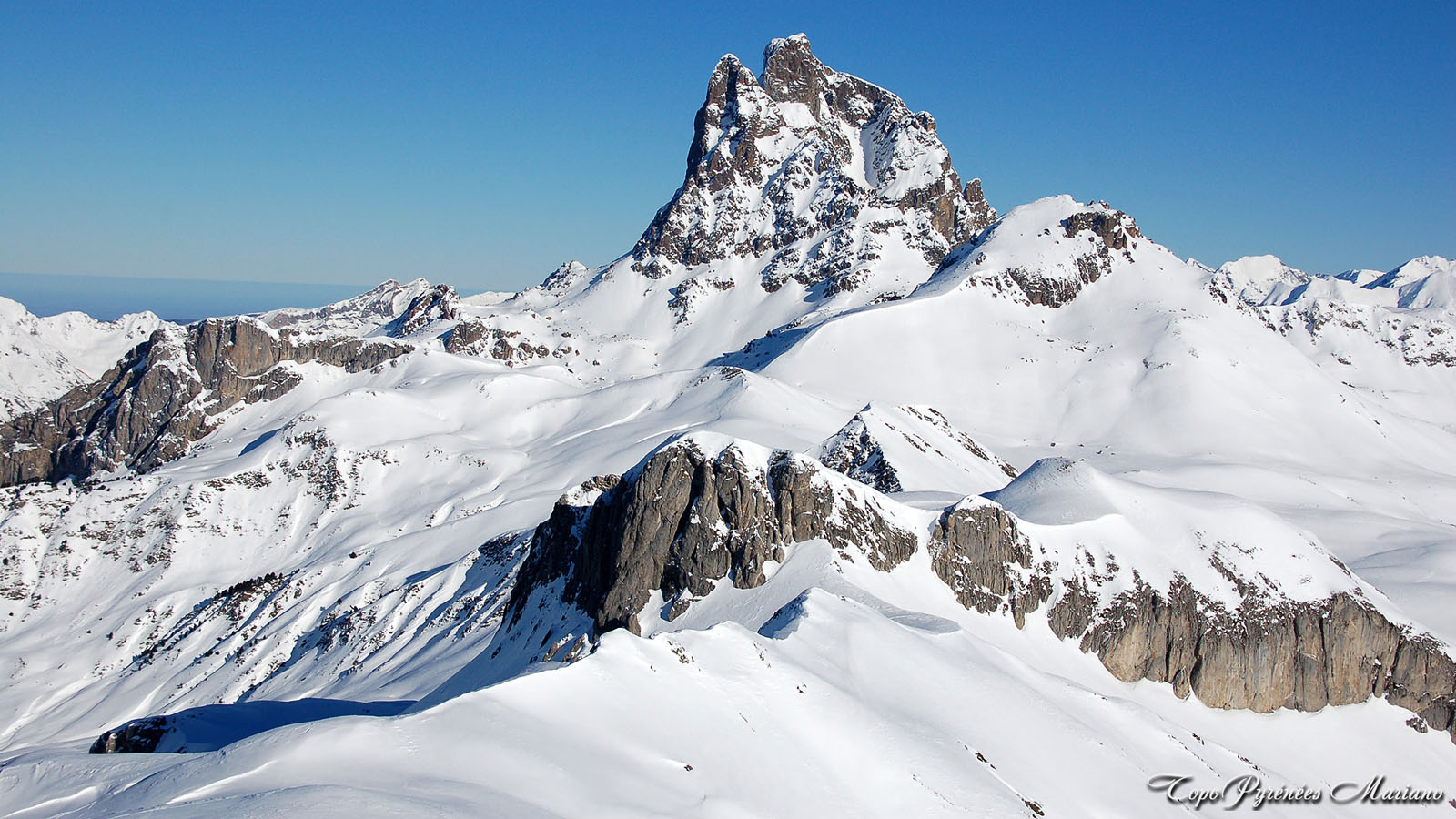 Article-Vallee-d-Ossau-hiver_088
