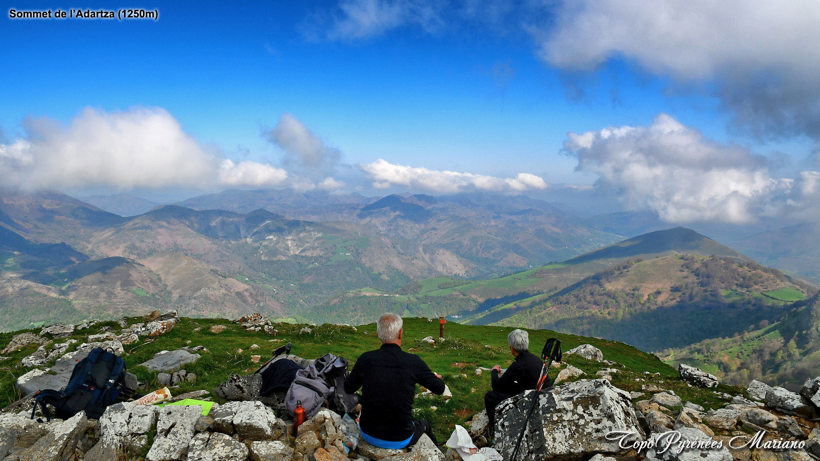 Randonnée L'Adartza 1250m depuis le col d'Aharza