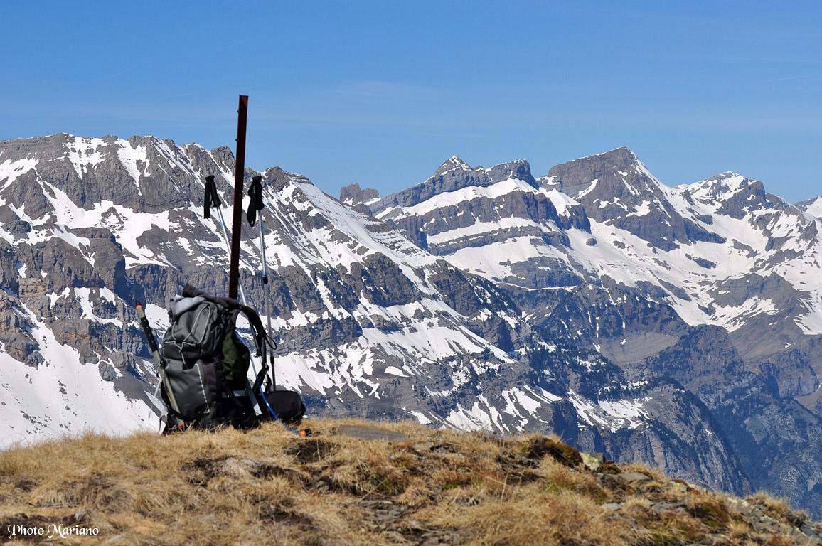 Randonnée Pics tres Huegas 2304m – tres Hombres 2271m en boucle par le col Izas 2230m