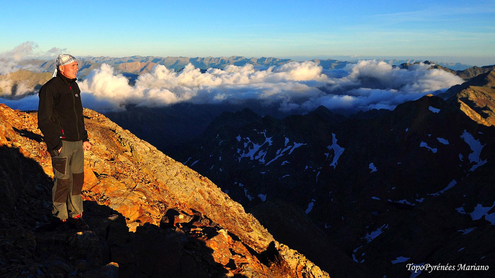 Randonnée Pic du Montcalm (3077m) et Pique d'Estats (3143m) avec bivouac au sommet