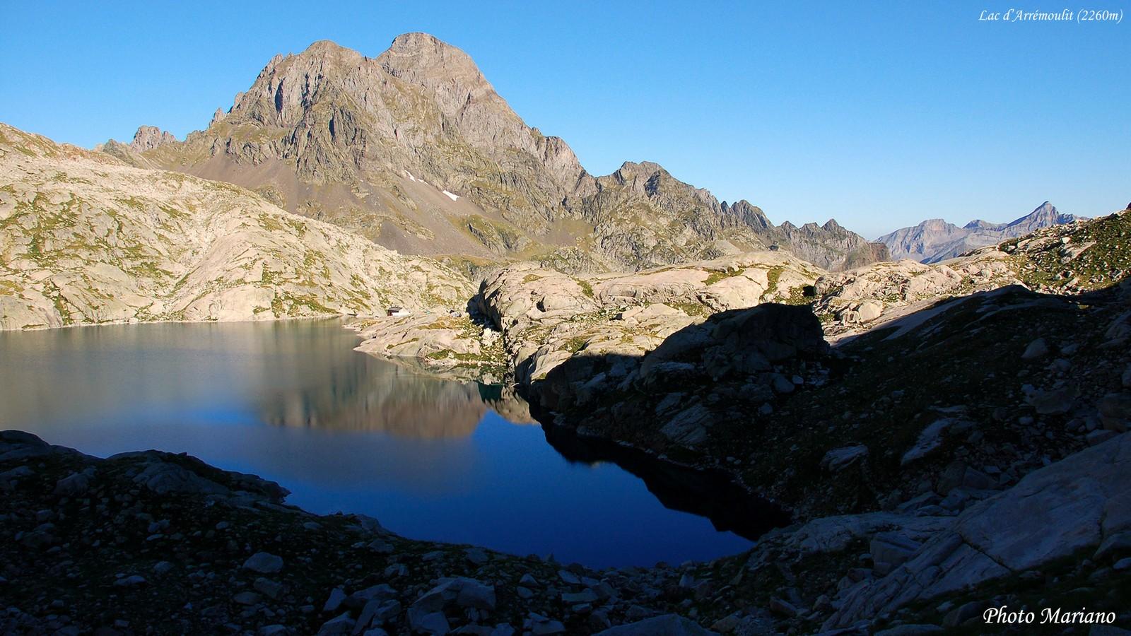 Les-Lacs-des-Pyrenees_011