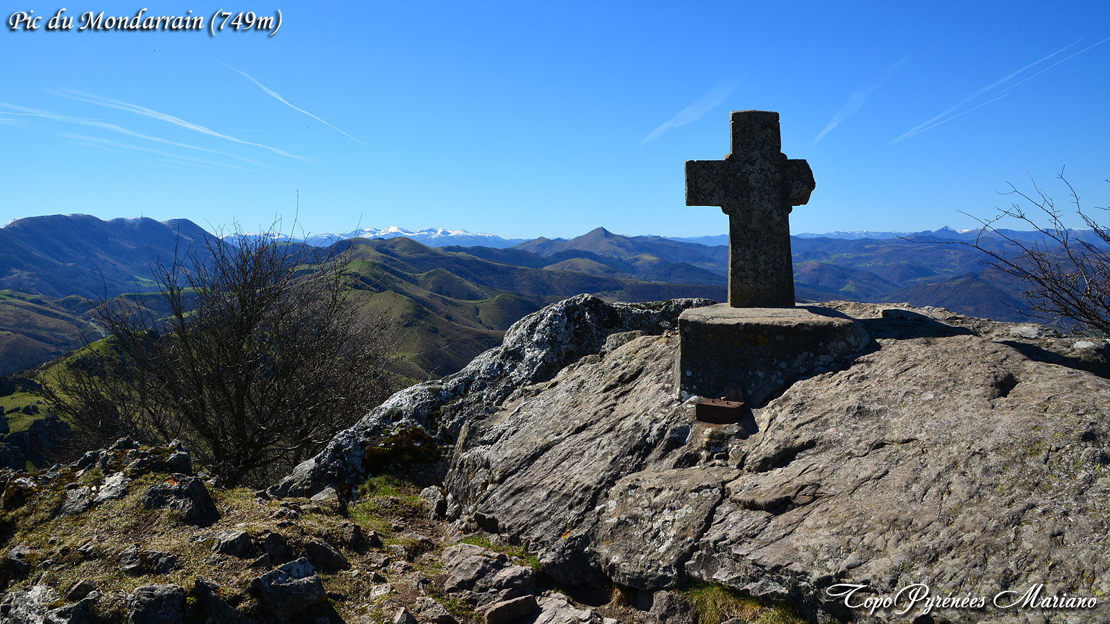Randonnée Pic du Mondarrain (749m) depuis le col des Veaux