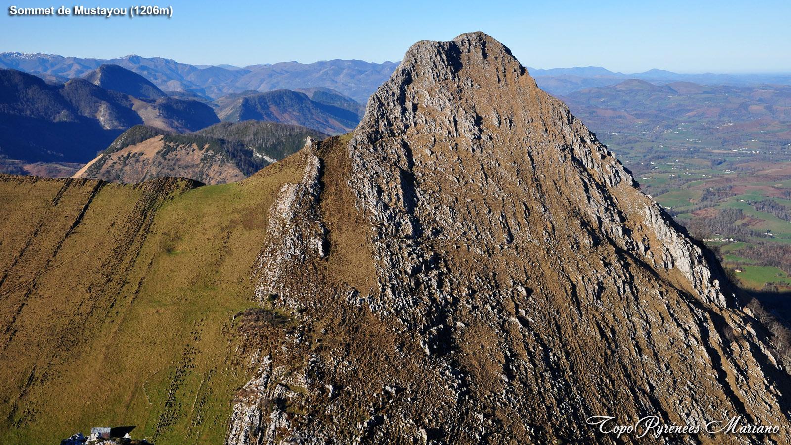 Randonnée sommet de Mustayou (1206m) depuis le col de Boucoig