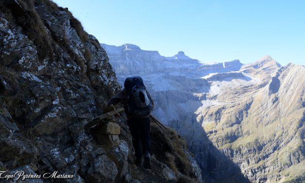 Les Astazous (3071m) en Aller/retour par les rochers blancs