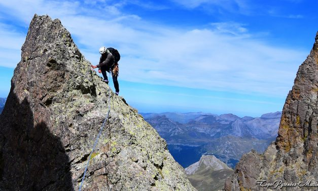 Pic du Midi d'Ossau (2884m) par la face Nord et la vire de l'Embarradère
